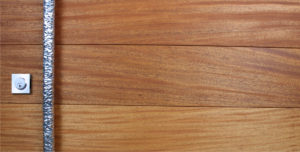 MAHOGANY WOOD WITH ROUND POLISHED FACETED PULL